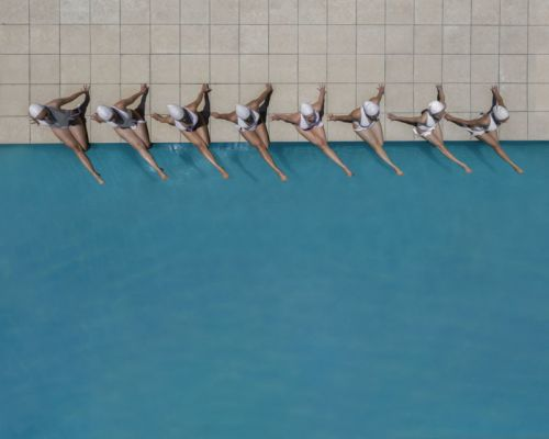 Photographer Captures the Beauty of Synchronized Swimming from Above