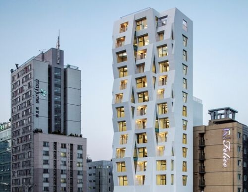 Ratio Building Tri Poly / Maaps Architects