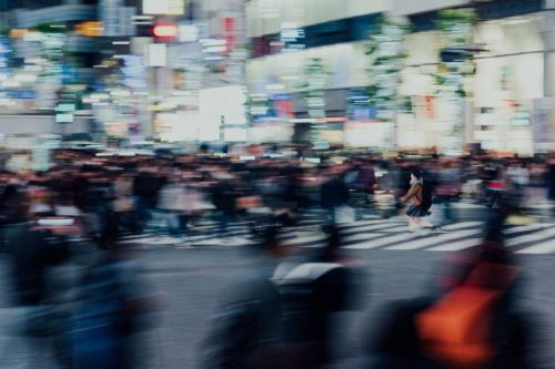 Photos of the Madness and Motion of Tokyo's Shibuya Crossing