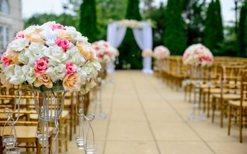 Wedding Photographer Sues Venue for $577K After She Fell and Broke Her Knee