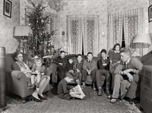 A Very Kelly Christmas: 1940