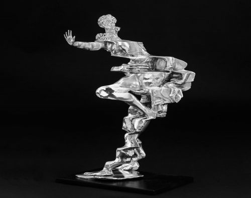 Glitched Sculptures of Greek Gods by Zachary Eastwood-Bloom Reimagine Classicism in the Digital Age