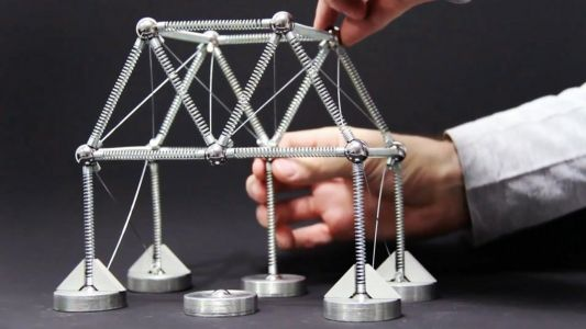 A Playful Building Kit Incorporates Real-World Physics Concepts With Springs and Magnets