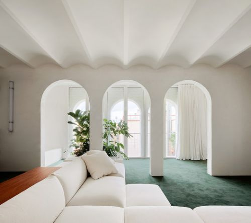 Arches in Interior Design: 26 Projects that Reimagine the Classical Shape