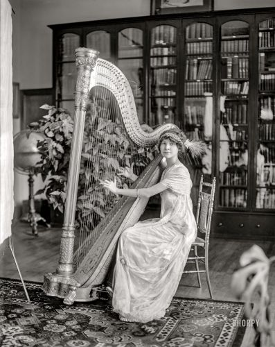 Zing Went the Strings: 1911