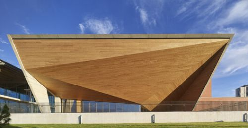 TED Ankara College Foundation Performing Arts Center / Uygur Architects