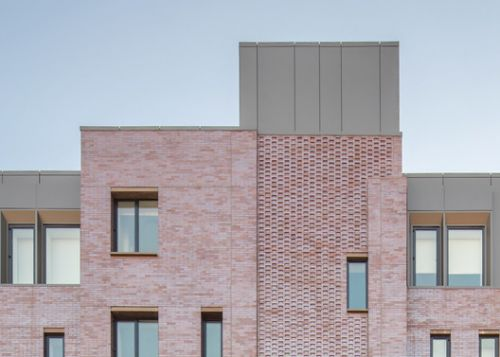 Four51 Marlborough / Hacin + Associates