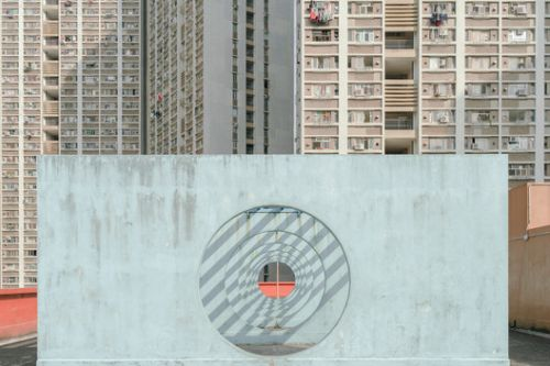 Discover Utopian Hong Kong of the 80's Through The Lens of Alexey Kozhenkov