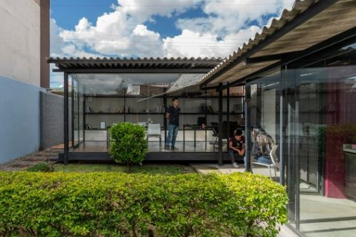 Cement Curtain / Ruptura Morlaca Arquitectura