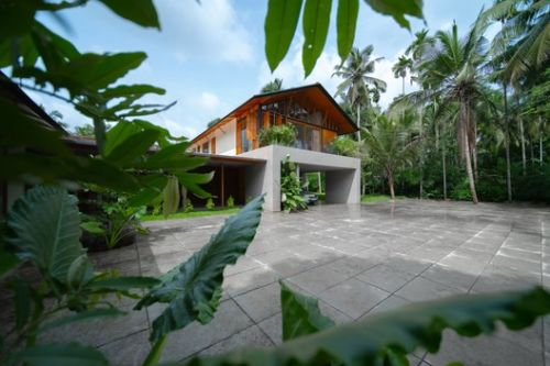 Overture House / Thought Parallels
