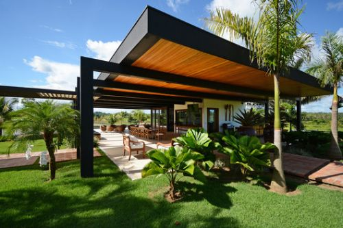 Lake House Extension / Rogoski Arquitetura