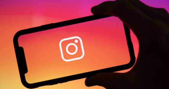 Instagram Adds Auto-Caption Feature to Stories, Will Soon Add to Reels
