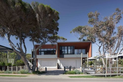 Mornington Beach Houses / Habitech Systems