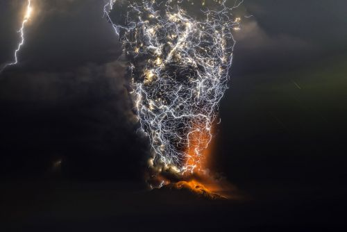 Towering Plumes of Volcanic Smoke Mix With Streaks of Lightning in Photographs by Francisco Negroni